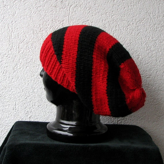 Simple slouchy beanie hat in color red, black, slouchy hat for men or women, baggy knitted hat, unisex