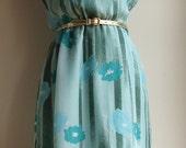 Mint Dress Floral Print with Ruffled Neckline Size Medium