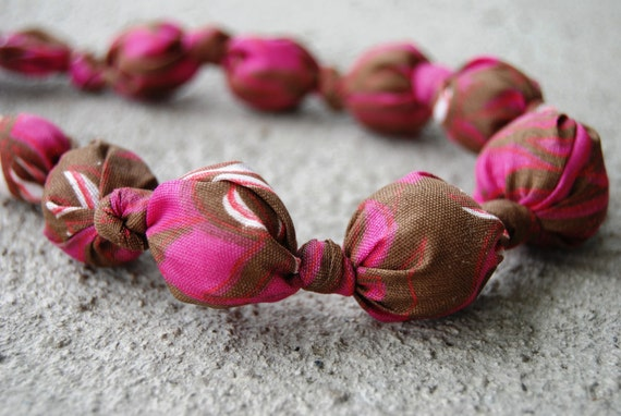 Adjustable necklace with fabric & wooden beads for teething infants and nursing moms (Magenta and Brown)