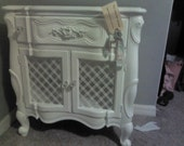 White French inspired table antique chic