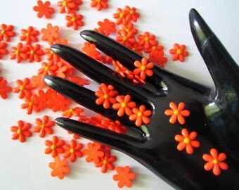 40Pcs Orange DAISY Resin Flower Flatback beads - 15mm. - cabochons Wholesale Lot - for card craft scrapbook Make Hair clips