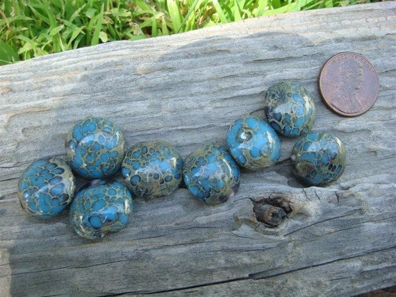 Glass Beads - 15mm round x 8mm - Turquoise Speckled
