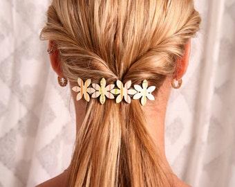 Flower barrette, Yellow hair clip, Flower hair accessory, Pastel color hair accessory, Flower hair clip,Yellow barrette,Women hair accessory
