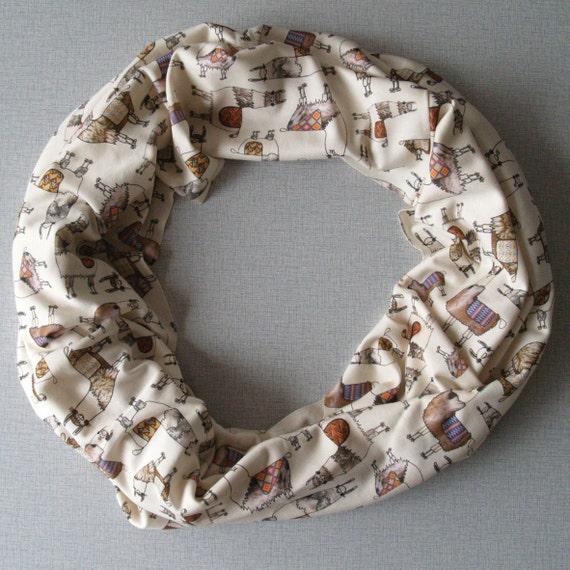 Circle scarf with llama's