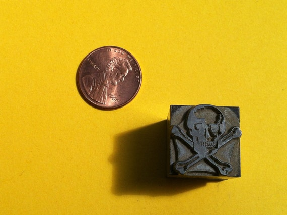 pirate skull and crossbones - zinc letterpress block