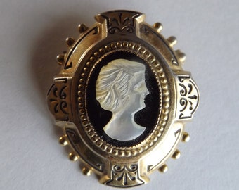 Vintage Coro Company Mother of Pearl Cameo Brooch