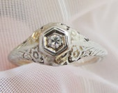 CLEARANCE Art Deco Vintage Floral Engraving Filigree .15ctw Diamond Ring in 14k White Gold Size 6