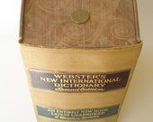 1934 Webster's New International Dictionary - Second Edition - LOOk at the Quarter This book is HUGE 3210 pages