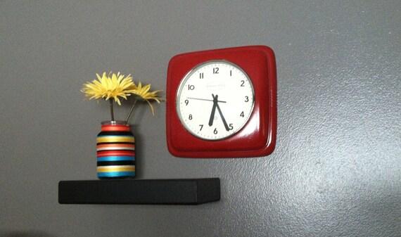 Red Retro Wall Clock