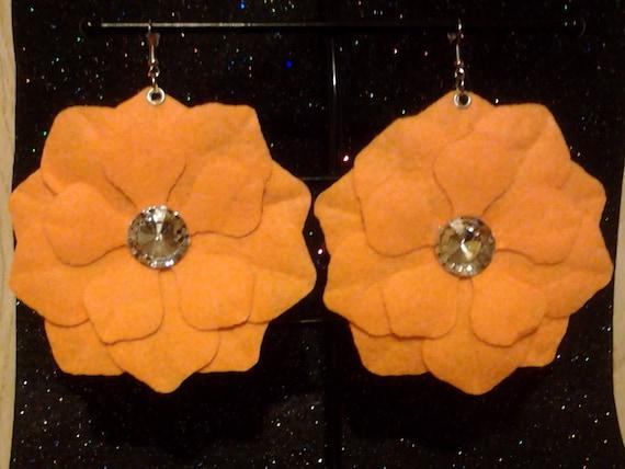 Basketball wives inspired flower petal earrings