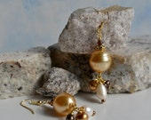 Large Honey Glass Pearl with Freshwater Pearls Earrings