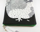 Ipad sleeve with black and white print