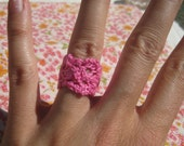 Lace Ring - Hot Pink