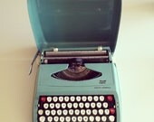Vintage 1960's Turquoise Smith-Corona Portable Typewriter