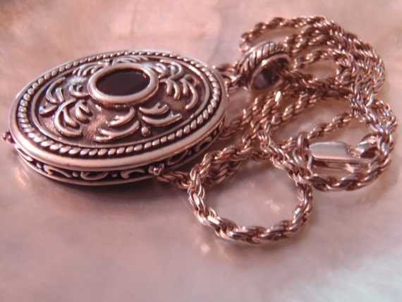 Detailed Sterling Silver Pendant with Sterling Silver Rope Necklace