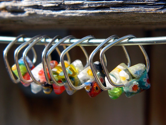 Square Knitting Stitch Markers with Square Bead : Set of 8