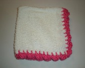 Washcloth with pretty crocheted edging - hot pink