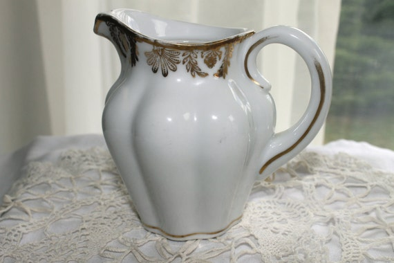 CS Prussia porcelain pitcher,rare,white