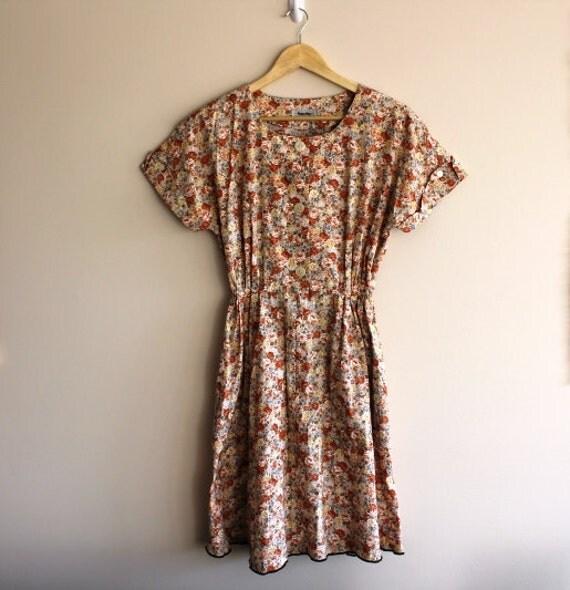 Vintage Womens 1970s Shirtwaist Floral Cotton Day Dress