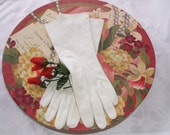 Vintage Ladies Gloves White Cotton Between Wrist And Elbow Length