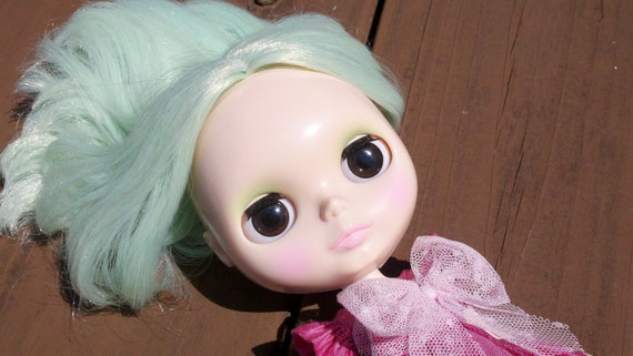 Blythe handpainted eyechips- the glimmers-dark chocolate w/ realistic lines