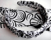 JorJa Band - knotted fabric headband in black and white print.