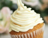 Organic Vanilla Cupcake and Buttercream Frosting Mix