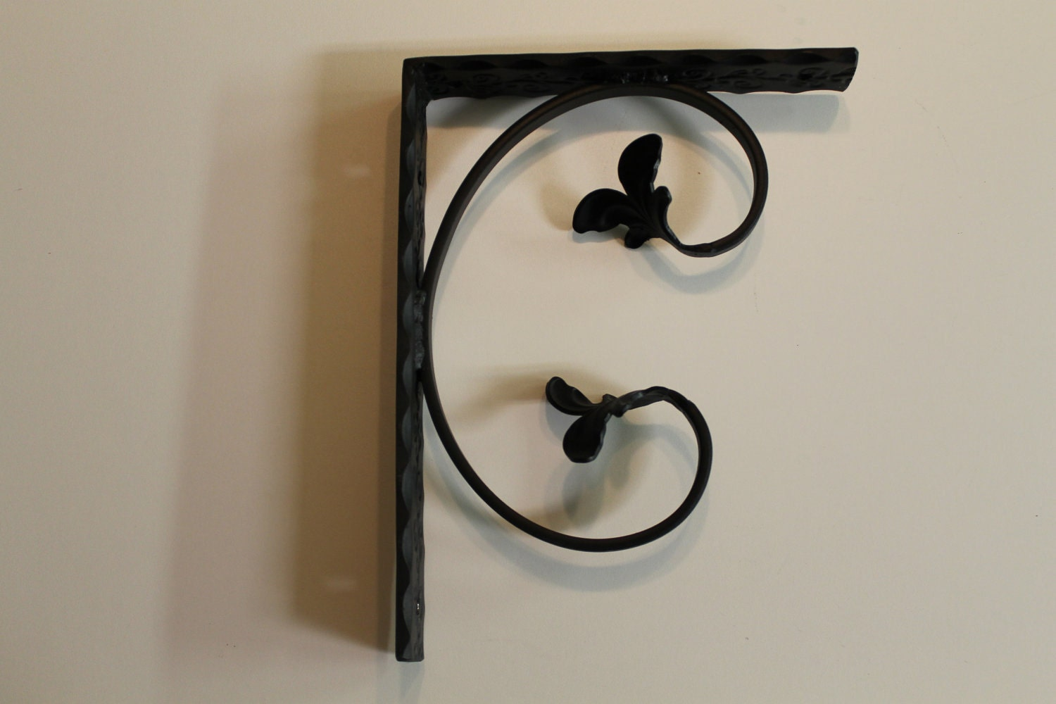 decorative wrought iron shelf brackets. Black Bedroom Furniture Sets. Home Design Ideas