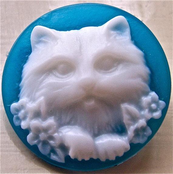 Blue cat brooch