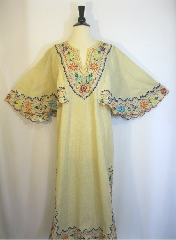 Sale today only vintage mexican embroidered dress 70s wedding for Mexican wedding dresses for sale