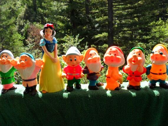Toys / Snow White and the 7 Dwarfs/ Squeak toys / Disney Princess