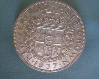 Vintage 1937 Coin  Brooch NZ Half Crown