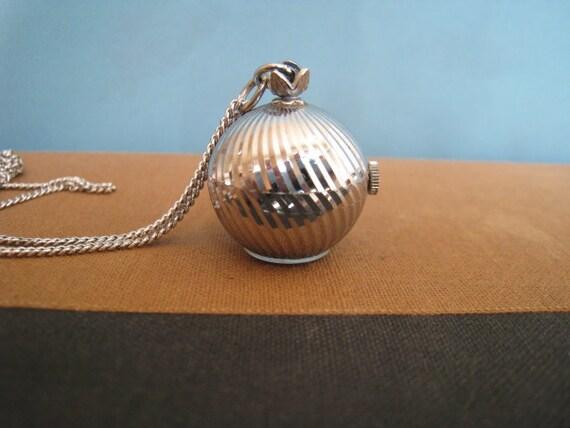 Vintage Pendant Watch Swiss Baylor 17 Jewels 1960s