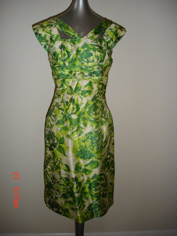 50's Silk Large Green Rose Print Party/Cocktail Wiggle Dress XS Free US. Shipping