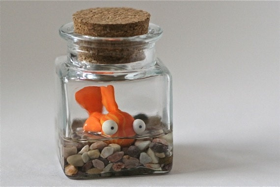 Polymer clay fish in corked jar by bluetentacles on etsy - Site de bricolage pour adulte ...