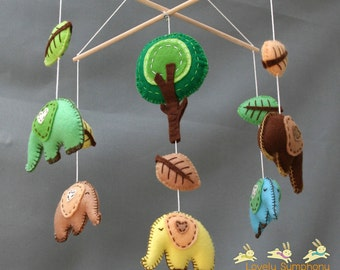 Elephants crib mobile - Forest baby mobile - Animals hanging mobile