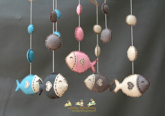 Fishes baby mobile - lovely fishes hanging mobile - Fishes and bubbles mobile
