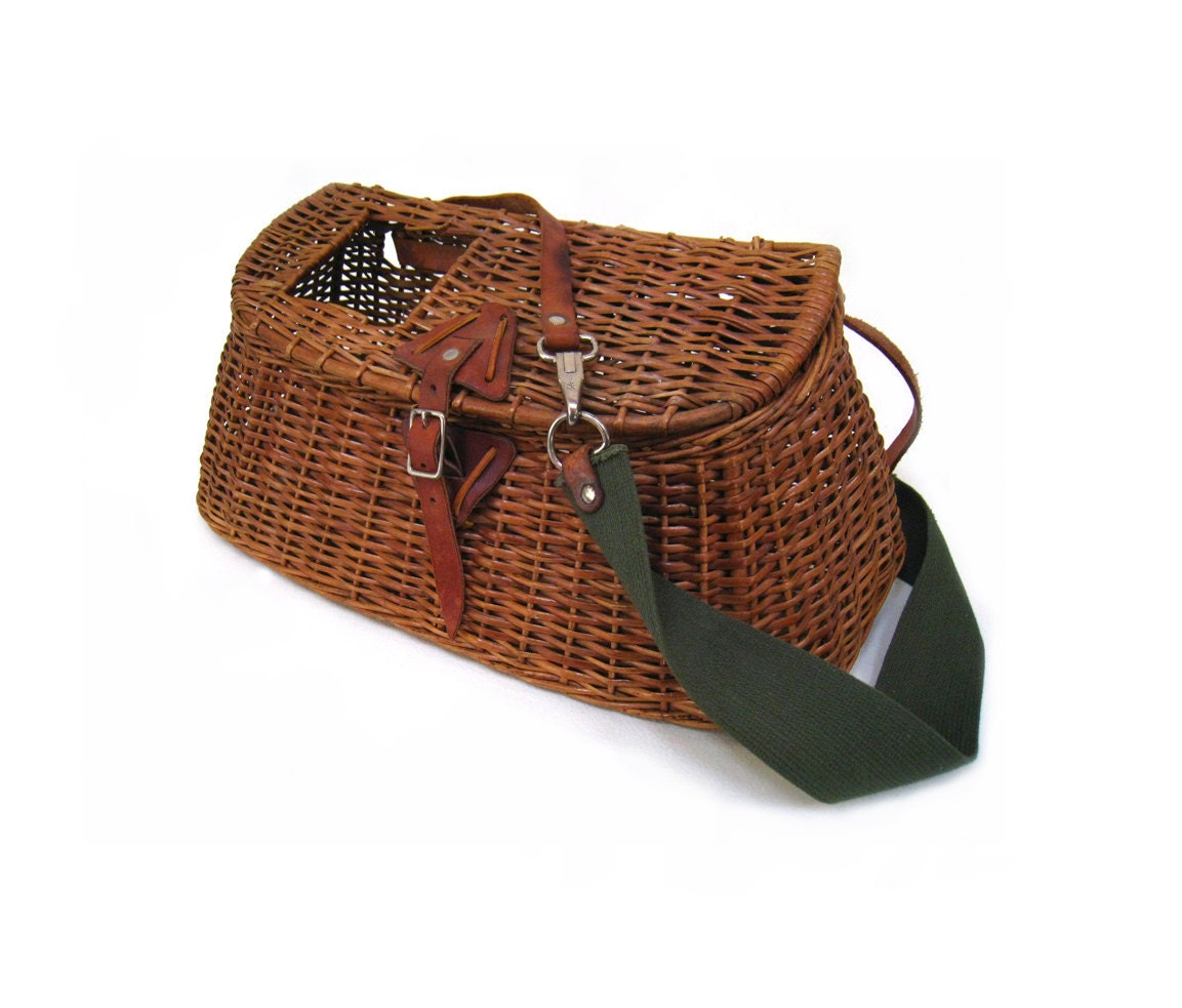 Antique fishing creel basket with leather fixtures original for Fishing creel basket