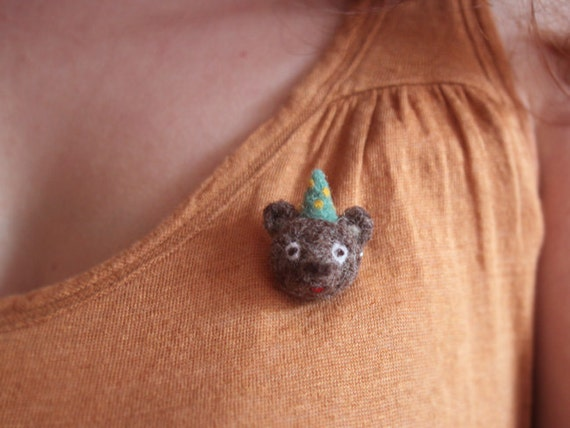 A L B E R T - needle felted brooch