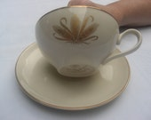 Taylor Smith Taylor Chippendale Collection Vintage Set of 4 Gold Wheat Tea cups and saucers