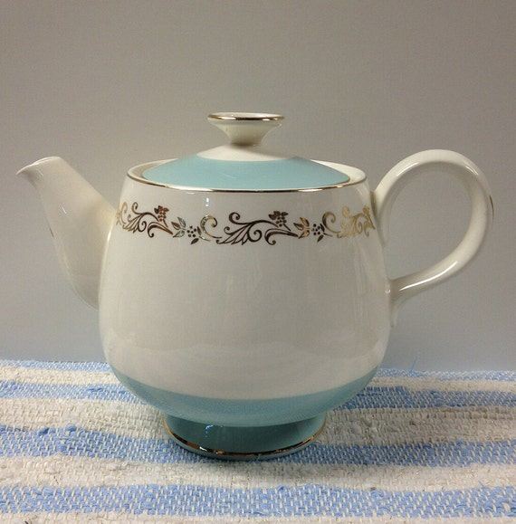 Lifetime China Gold Crown Turquoise  Homer Laughlin Teapot