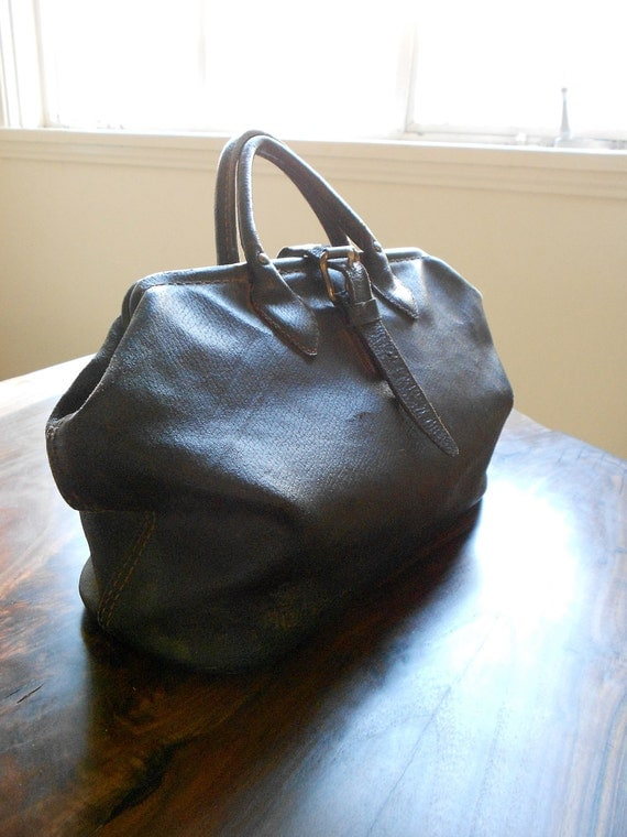 Early 1900's Black Leather Doctors Bag
