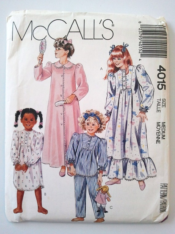 McCalls 4015, Vintage Girls Robe, Nightgown and Pajamas, Size 8, 10