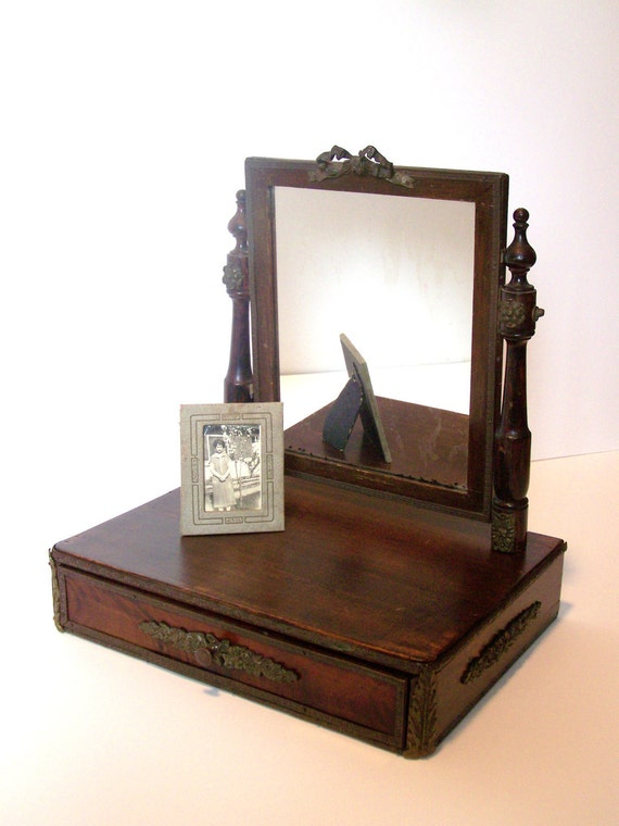 Ornate Parisian Vanity jewelry box