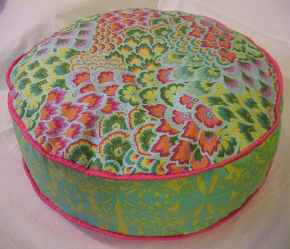 "20"" diameter round Pillow-Pouf Cover (Funda de cojín redondo 50cm). Amy Butler (Soul Blossoms) and Patricia Bravo fabrics. Double Piping"