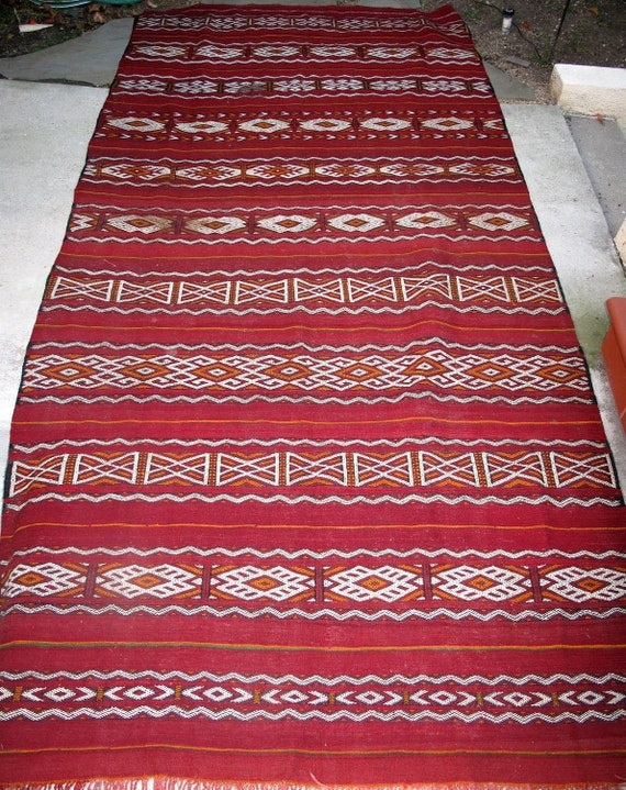ANTIQUE Moroccan Area Floor Rug Carpet Kilim Berber Tribal Large Carpet Handmade Handwoven Red White Multicolor - Pillow Covers - Morocco