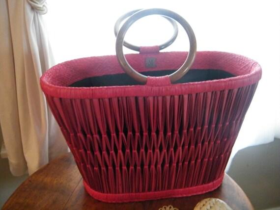 Red Straw  Bucket Style Handbag Tote M for Majunga of Madagascar.  Wood Handles.