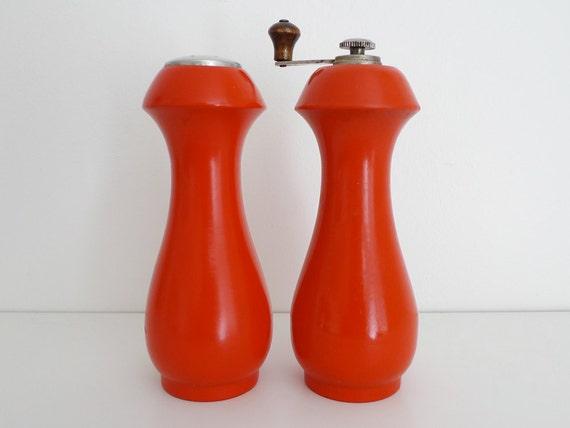 Baribocraft Red Salt Shaker and Pepper Grinder