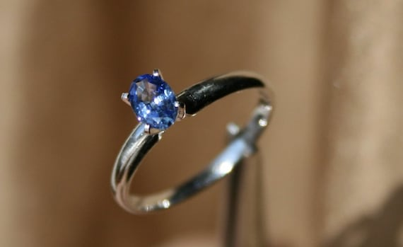 Natural Sapphire Solitaire Ring