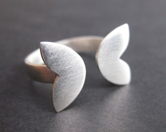Fish Tail Ring - Sterling Silver